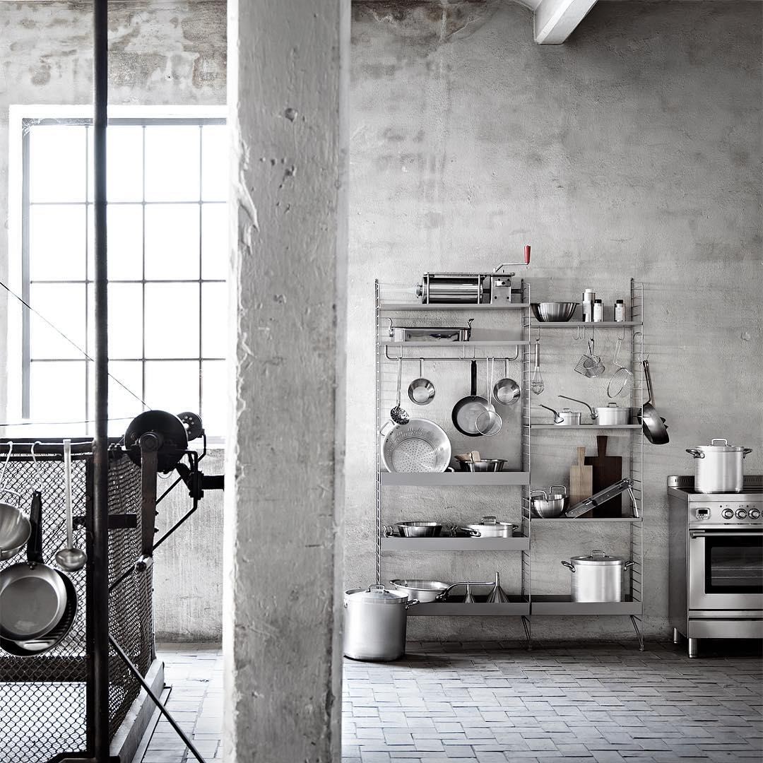 BELAS PRATELEIRAS, styling inspirador e uma história sobre preguiça e pratos sujos