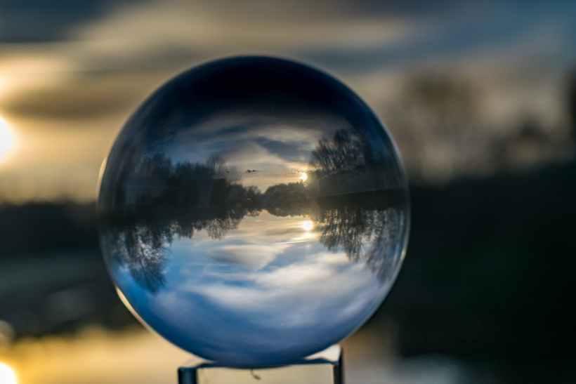 back light ball ball shaped blur