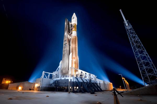 Atlas Rocket Launch, 30 January 2013