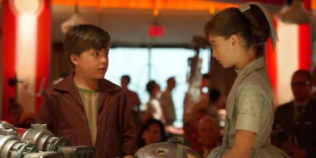 """Raffey Cassidy and Thomas Robinson in """"Tomorrowland"""""""