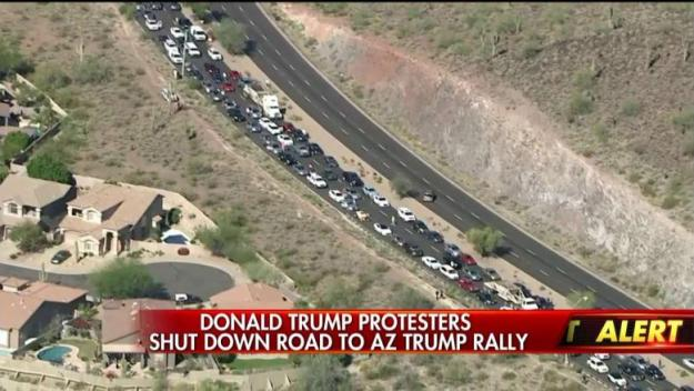 FOX News: protesters block road to Trump event