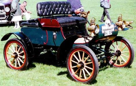 Oldsmobile Curved Dash Runabout - 1904