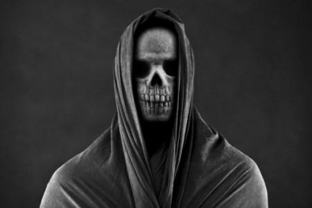 Grinning Skeletal Face - Deamstime-108895206