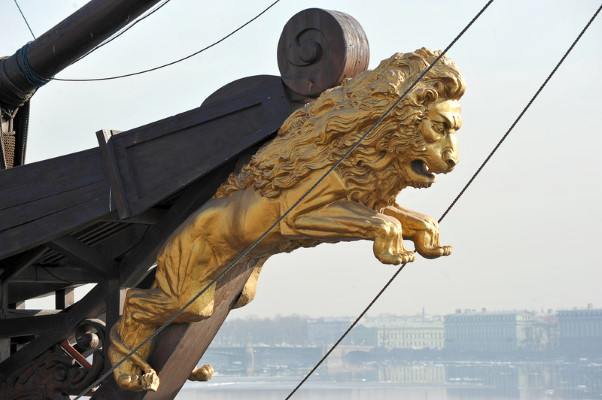 Lion figurehead on ship - Dreamstime-69570586