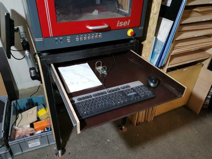 Unterbau mit Schublade für Tastatur und Maus