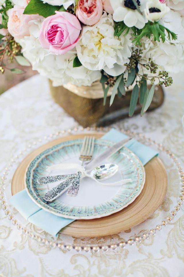 Dusty blue and gold weddingdusty blue wedding