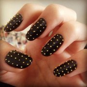 easy black nail art design & ideas