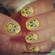 tweety bird nail art design ideas