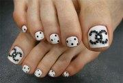 winter toe nail art design & ideas