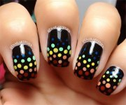 unique polka dot gradient nail
