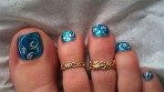 elegant fall autumn toe nail
