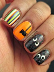 simple halloween nail art design