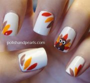 easy & cute thanksgiving nail