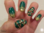 simple christmas tree nail