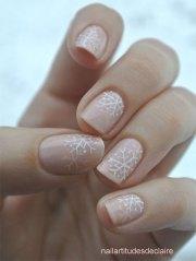 pink & red snowflake nail art
