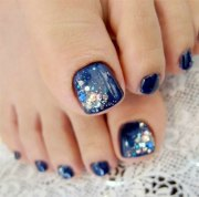 inspiring winter toe nail art design