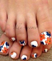 spring toe nail art design