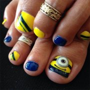 minion toe nail art design ideas
