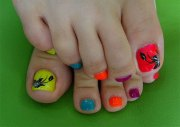 summer toe nail art design
