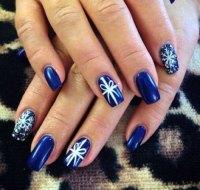 12+ Easy Christmas Present Nail Art Designs & Ideas 2015