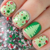 18 Easy & Cute Christmas Nail Art Designs, Ideas & Trends