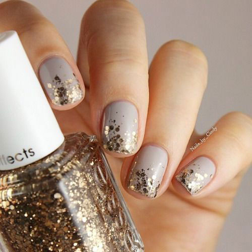 Simple Easy Winter Nail Designs