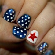 cute & simple 4th of july nail
