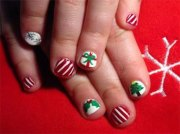 easy & cute christmas nail art