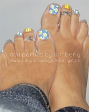 spring toe nails art design