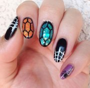 halloween spider nail art design