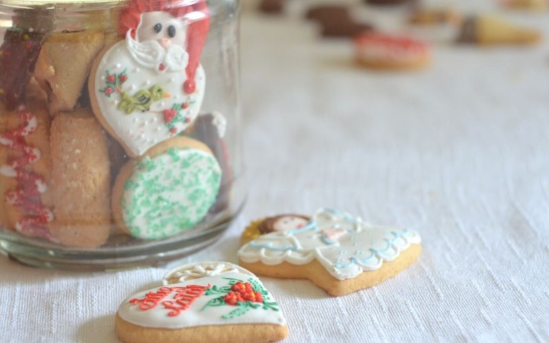 5 Quick and Easy Christmas Cookie Recipes | Frugal Fun Mom