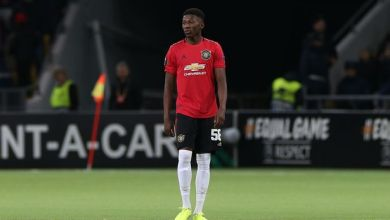 Championship side confirm the signing of Man United youngster on loan