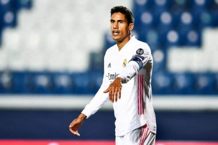Man United offer snubbed by Real Madrid with two parties still €20M apart