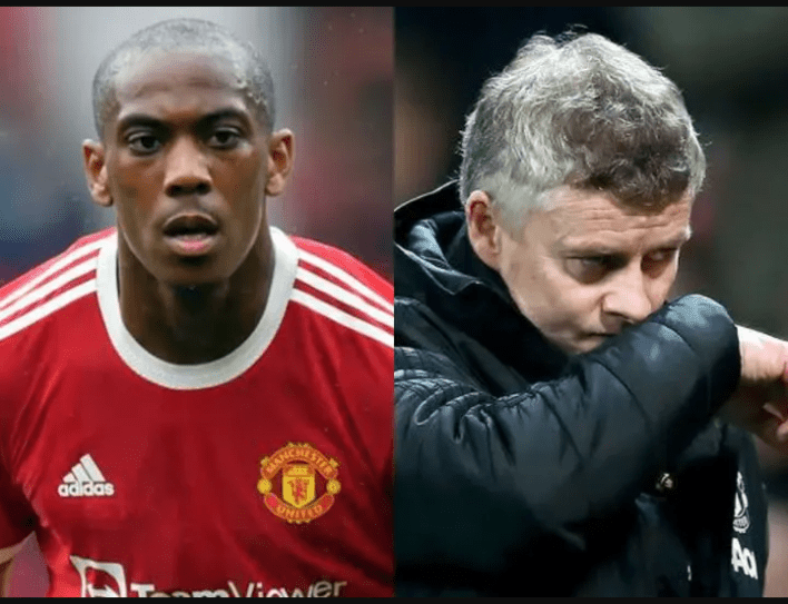 2 Wrong Decisions Manchester United's Manager Made In Today's Match That Contributed To His Draw