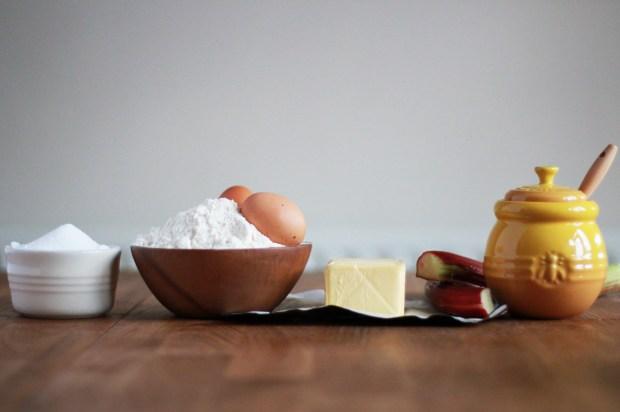rhubarb-honey-cake-recipe-2