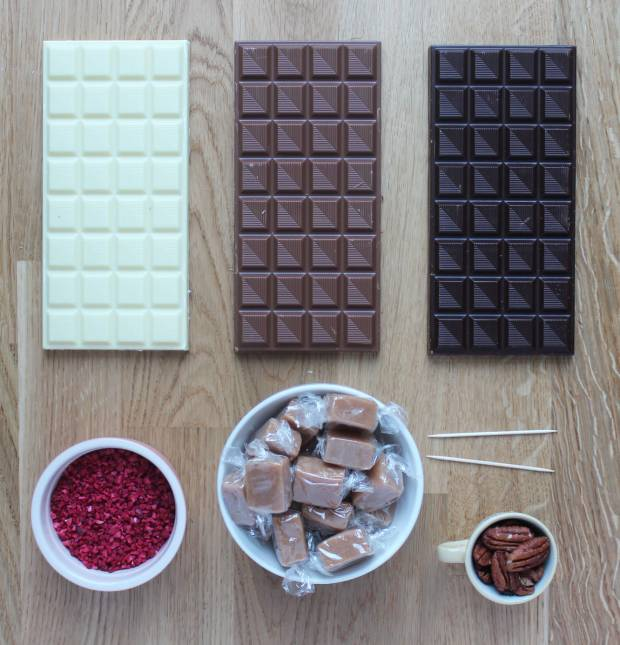 chocolate-drop-party-nibbles