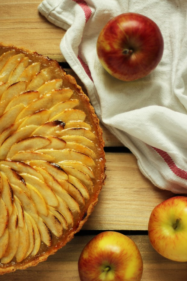apple-frangipane-almond-tart-pie-18