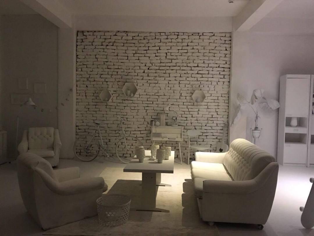 studio white 4