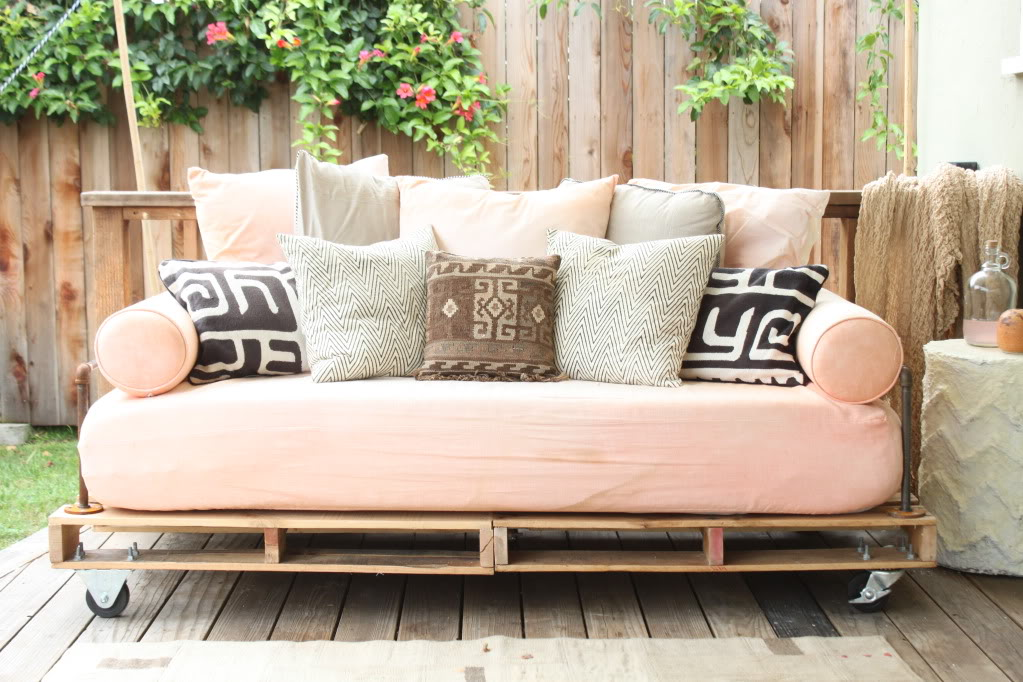 Shipping Pallet Furniture Clever Clever Clever Fabricadabra's