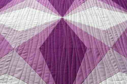 Gem quilt in Quilt Now, Issue 51 by fabricandflowers | Sonia Spence