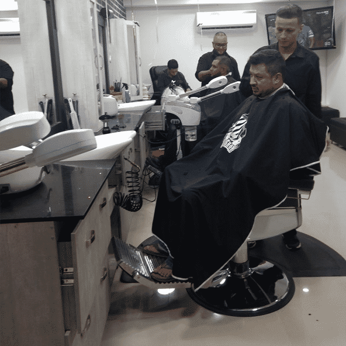 IMPERIAL BARBER SHOP  Fbrica Royal