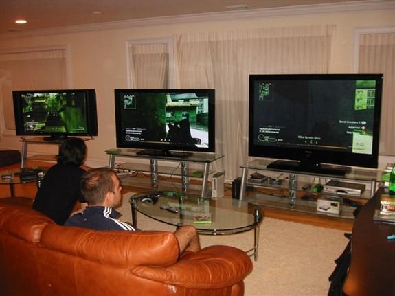 Great game setup  best plasma TV on the market  Fabrice