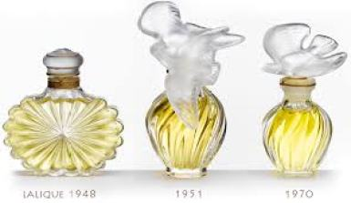 Lair du temps perfume bottles