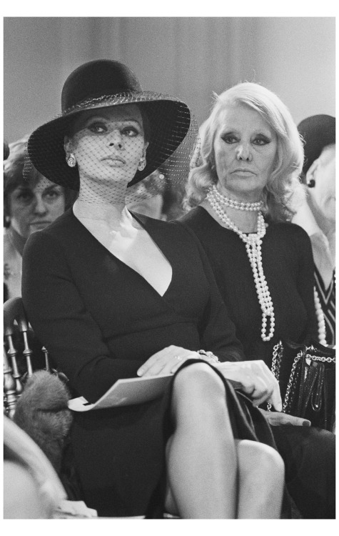 Sophie Loren and her Mother at DIor fashion show 1974