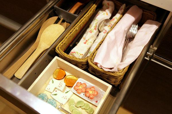 Marie Kondo's drawers