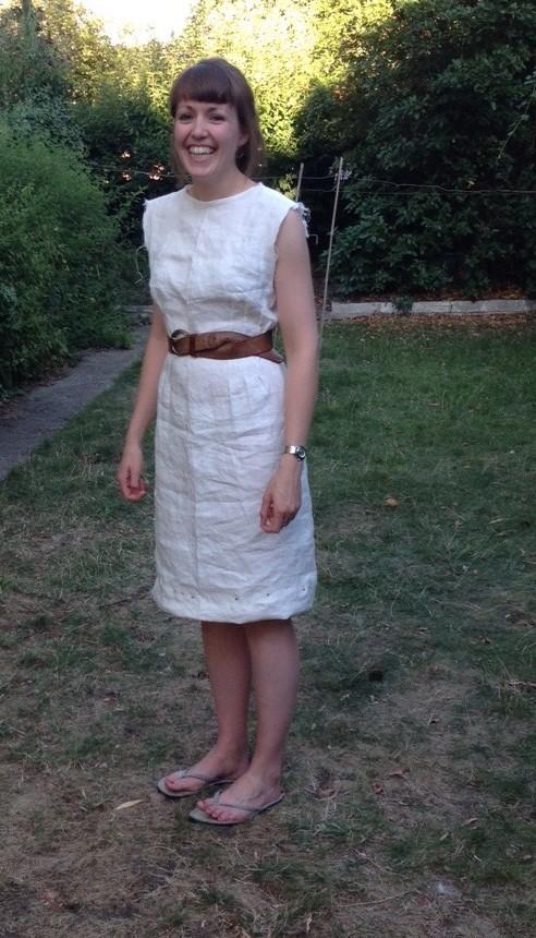 Wip linen dress, with belt
