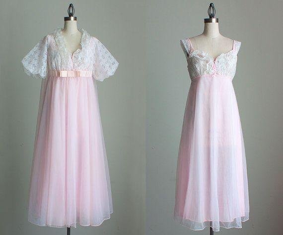 1960s night wear
