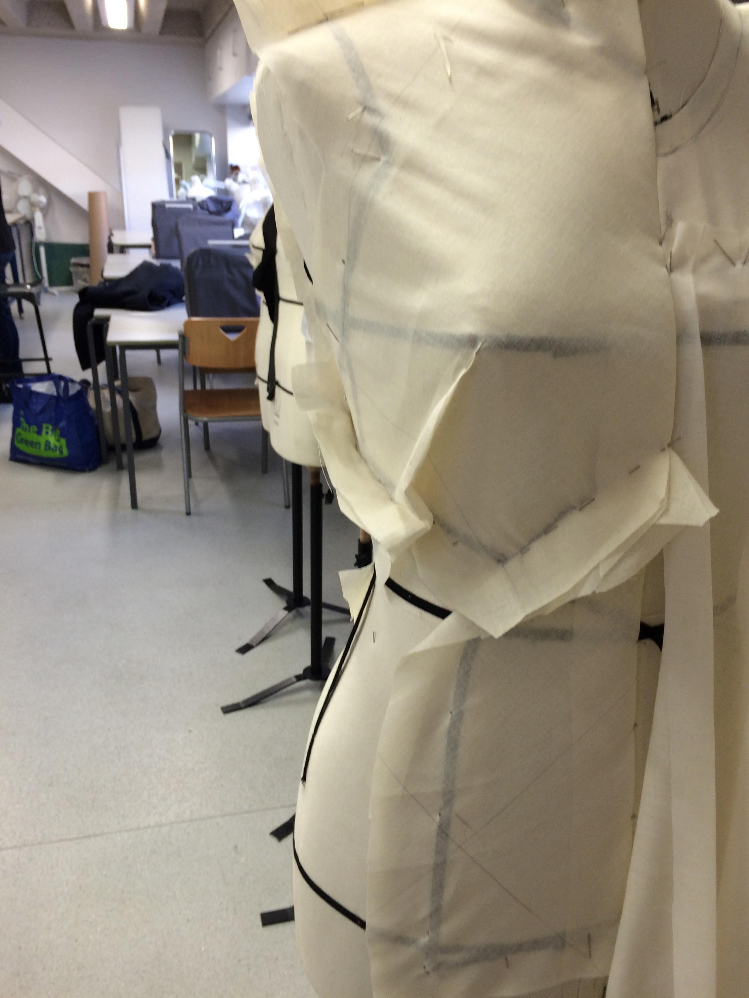 Bias drape - adding a dart