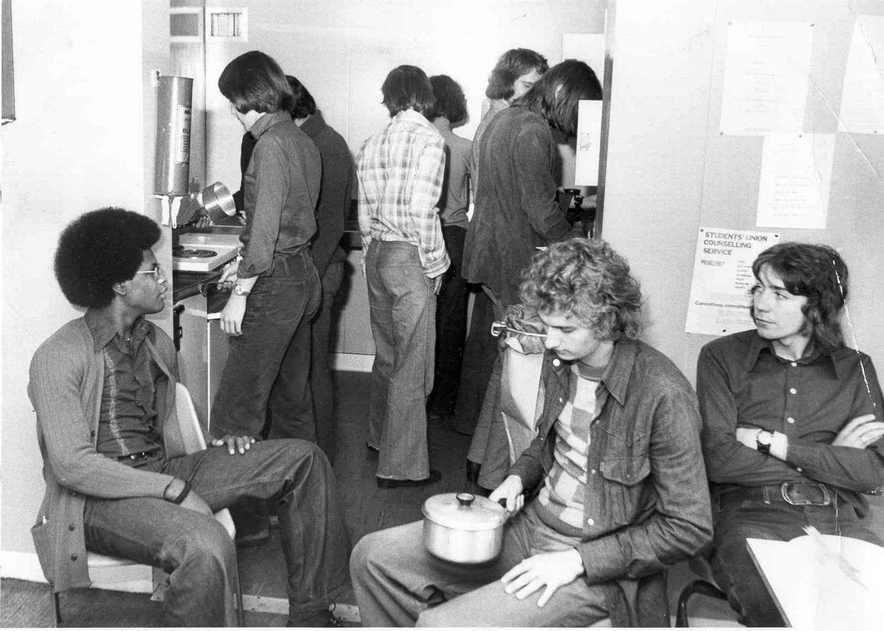 Kitchen queue (1970s)