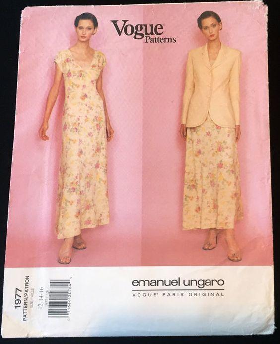 Vogue 1977 Ungaro